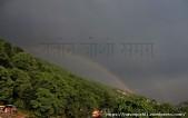 चाहे जो भी मौसम हो, प्रकृति हमेशा सरोवरनगरी पर मेहरबान रहती है। शायद इसीलिए इस नगर को प्रकृति का स्वर्ग भी कहा जाता हो। सोमवार (22.06.2015) सुबह नगर में हुई झमाझम बारिश के दौरान मल्लीताल क्षेत्र में स्वर्ग के राजा कहे जाने वाले इंद्रदेव ने अपना धनुष-इंद्रधनुष तानकर मानो इसका सबूत दिया, तो यह नजारा बेहद दिलकश था।